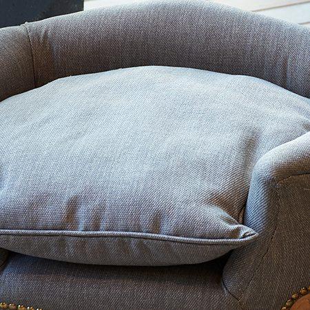 Removable cushion plain
